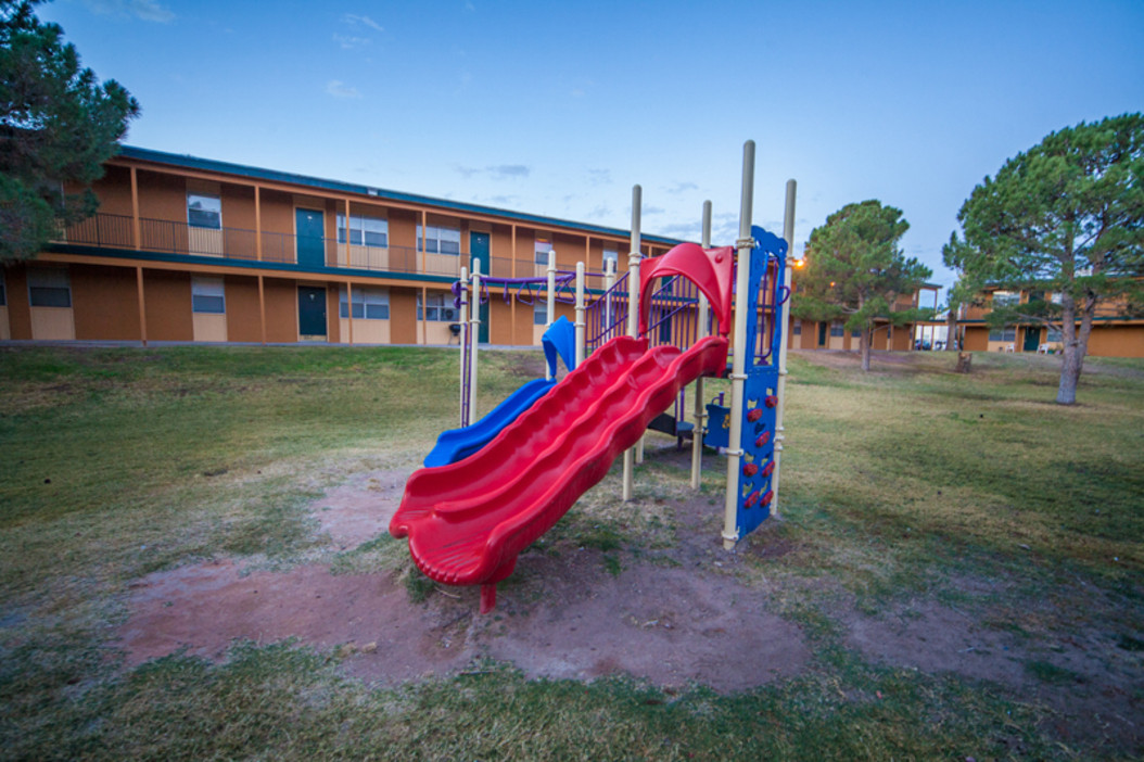 Restaurants With Playgrounds El Paso Tx